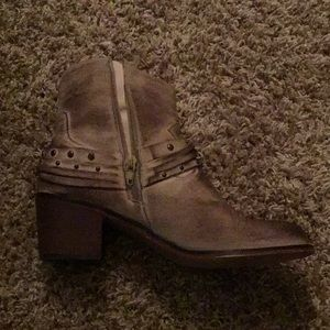 Blazin Roxx Shoes - Tan booties